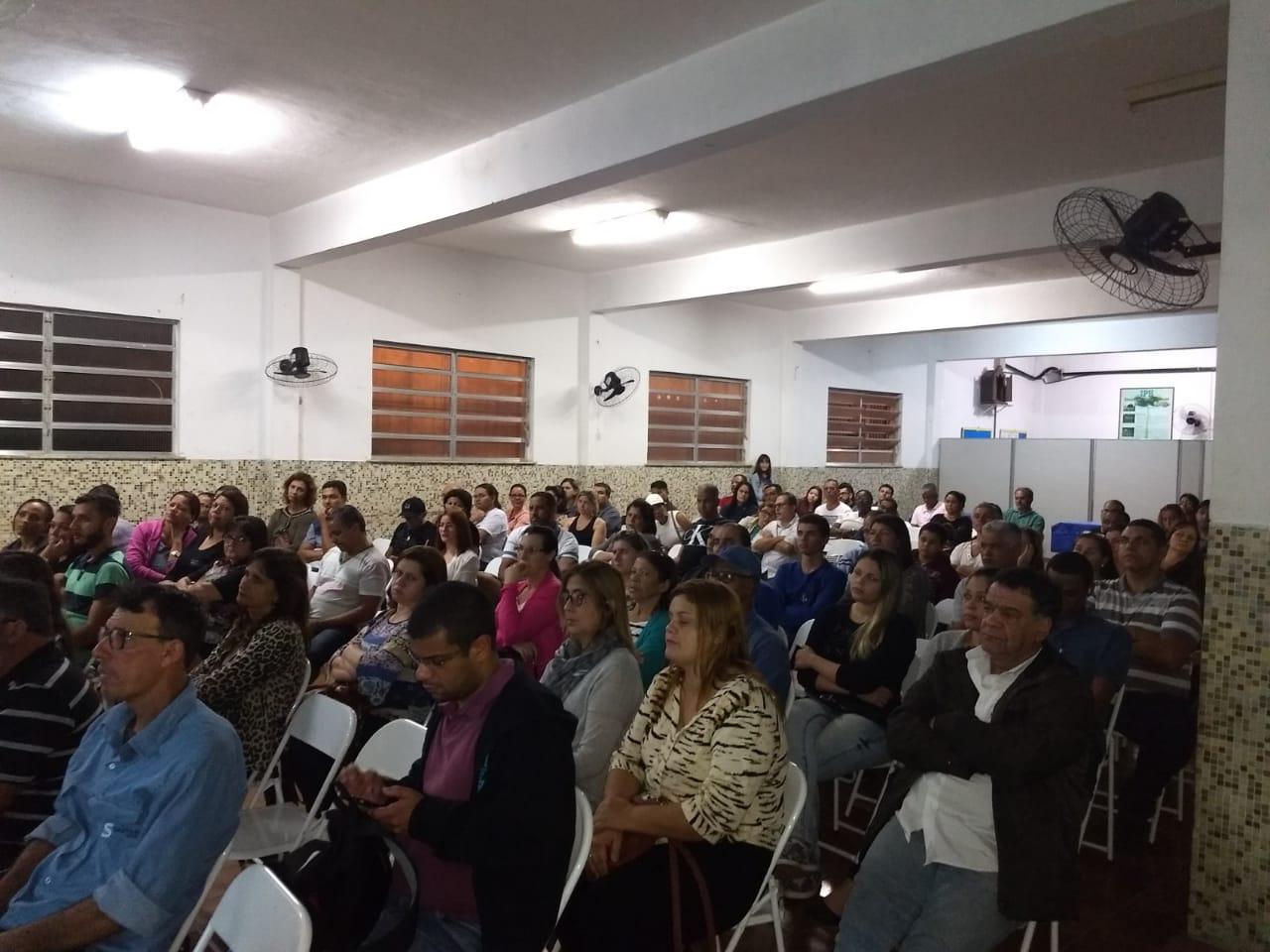 REUNIÃO DE PAIS E RESPONSÁVEIS DOS ALUNOS DO ENSINO MÉDIO DA ETERJ ITAGUAÍ.